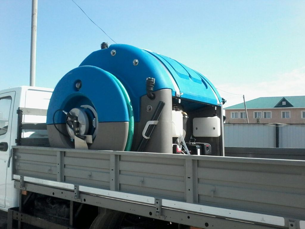 TrioTank_Mounted on a Truck