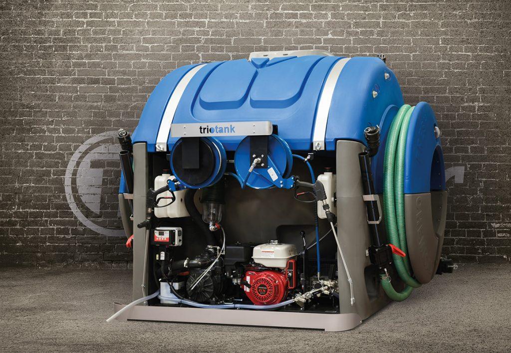 T blustar produit l'unité de vidange TrioTank sous brevet international pour l'entretien des toilettes portables