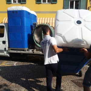 pick up drop off portable toilet Myblok